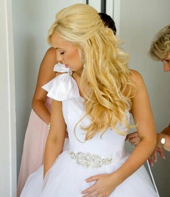 bridal hairstyling img06   Emilly Hadrill: Hair Extensions in Gold Coast, Brisbane, Melbourne & Sydney   6
